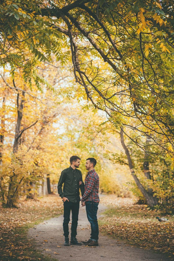 DudeAdam -Gay-love-Sweet-Autumn-Engagement-Session-at-Gellatly-Nut-Farm-Joelsview-Photography-.jpg112