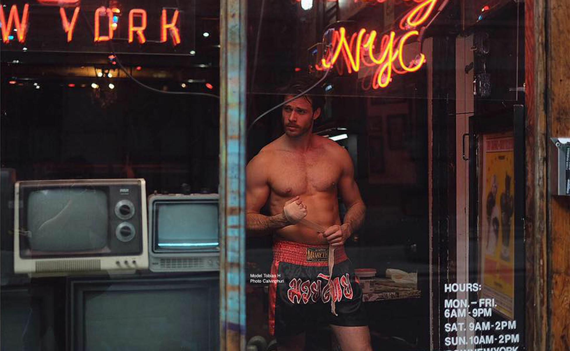 """ตามชีวิต Calvin Phuri กับการถ่ายภาพ Collection """"Muay Thai"""" ใน New York"""