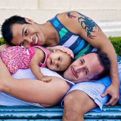 DudeAdam-gay-dad-family111