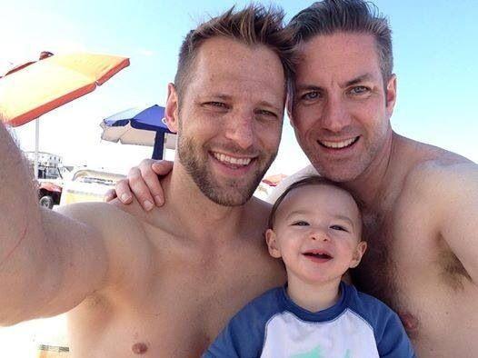 DudeAdam-gay-dad-family117