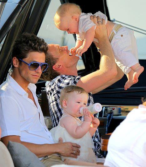 DudeAdam-gay-dad-family151